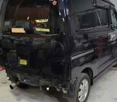 ダイハツ・アトレーワゴンの鈑金修理事例(2)のサムネイル