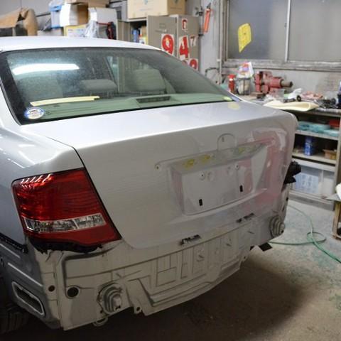 トヨタ・カローラの鈑金修理事例のサムネイル
