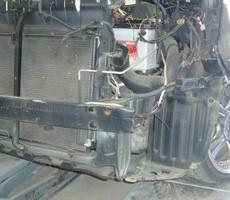 トヨタ・ノアの鈑金修理事例(1)のサムネイル