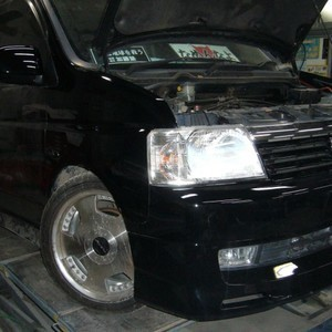 ホンダ・ステップワゴンの鈑金修理事例(2)