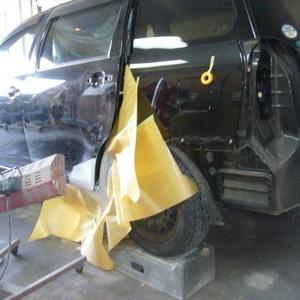 トヨタ・ウィッシュの鈑金修理事例(1)