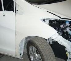 ホンダ・フリードの鈑金修理事例のサムネイル