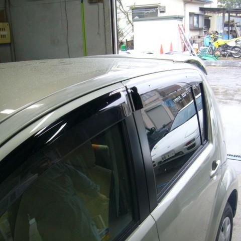 トヨタ・パッソの鈑金修理事例(1)のサムネイル