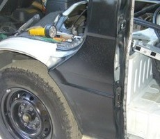 トヨタ・ハイエースの鈑金修理事例(6)のサムネイル