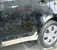 トヨタ・ラクティスの鈑金修理事例(1)のサムネイル
