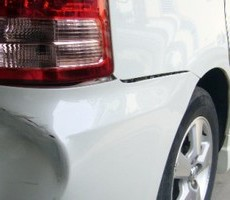 トヨタ・ウィッシュの鈑金修理事例(3)のサムネイル