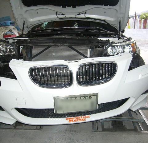 世田谷区のお客様BMWの鈑金修理依頼のサムネイル