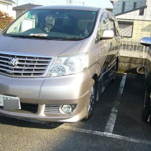 トヨタ・アルファードの鈑金修理事例(3)