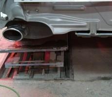 日産・フーガの鈑金修理事例(1)のサムネイル