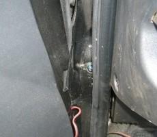 トヨタ・ハイエースの鈑金修理事例(5)のサムネイル
