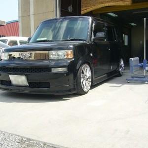 トヨタ・Bbの鈑金修理事例(4)