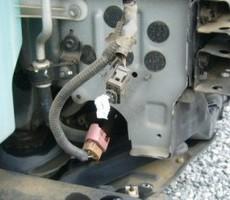 トヨタ・アルファードの鈑金修理事例のサムネイル